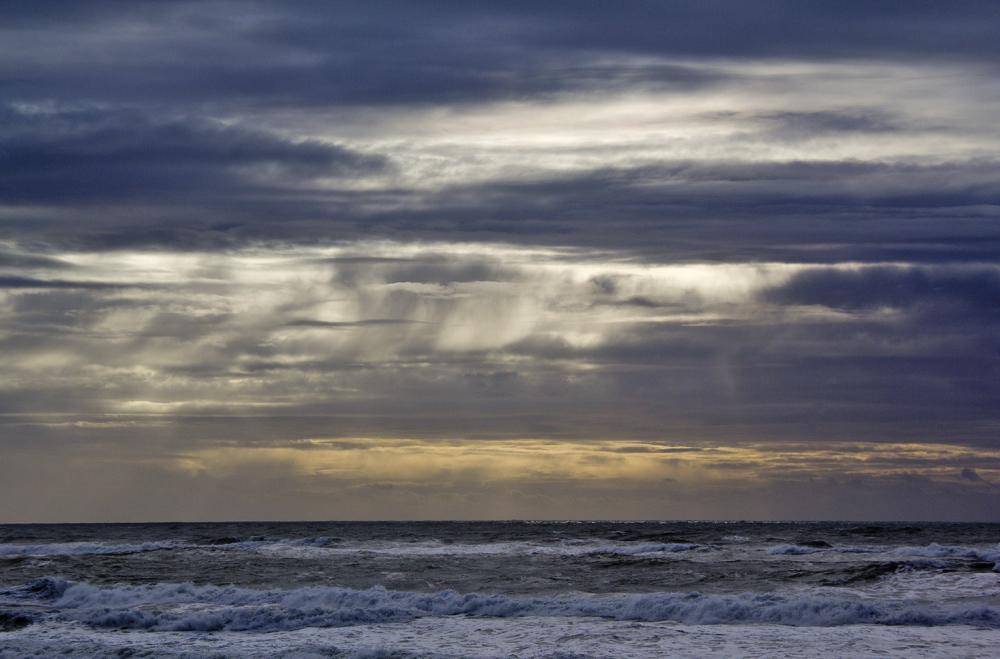 sunset gala praia mar