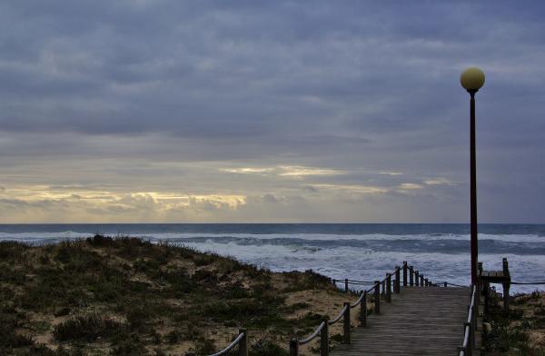 sunset gala praia mar candeeiro