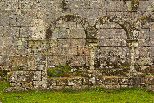 peneda-gerês pitões-das-júnias mosteiro