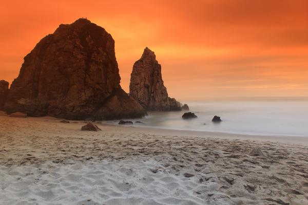 praia mar sintra praia-da-ursa