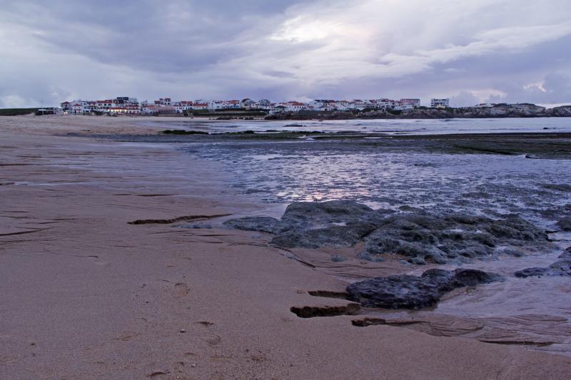 peniche rocha mar baleal praia