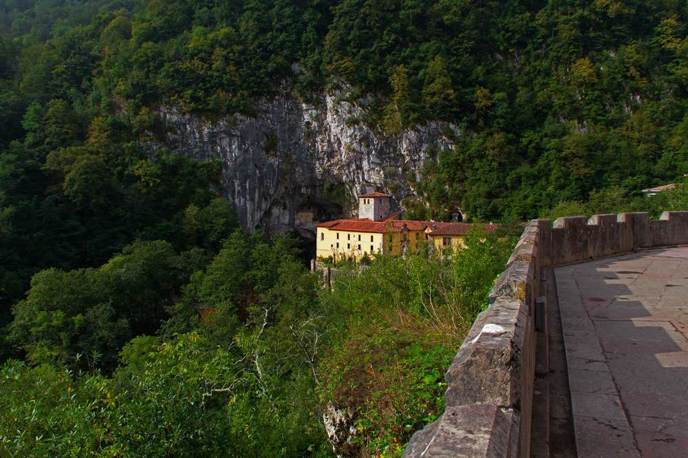 espanha picos-da-europa covadonga