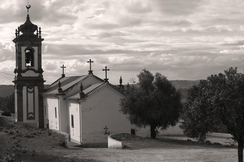 lousã igreja outono