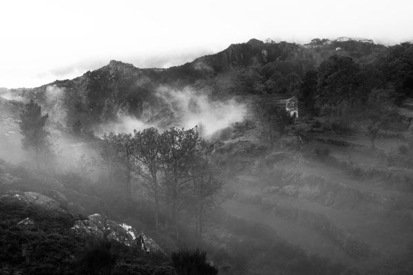 alvão outono montanha sunrise nevoeiro