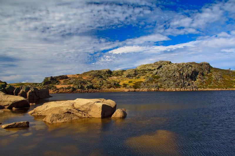 serraestrela vale-da-loriga montanha lagoa