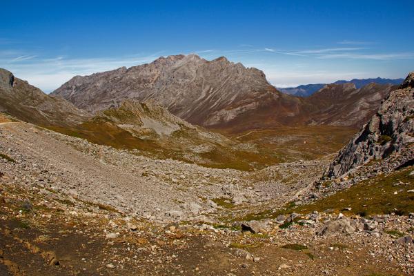 picos-da-europa montanha fuente-dé espanha