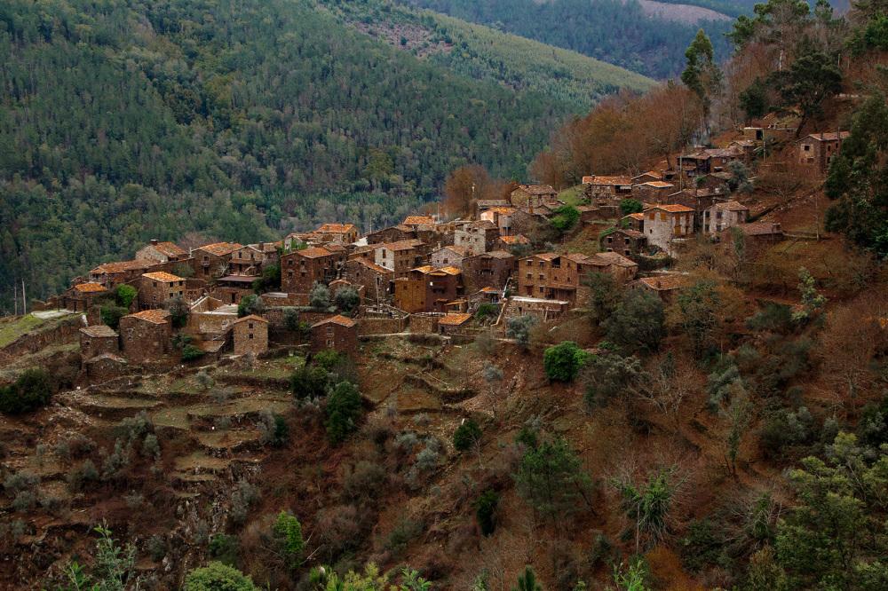 lousã aldeia outono xisto
