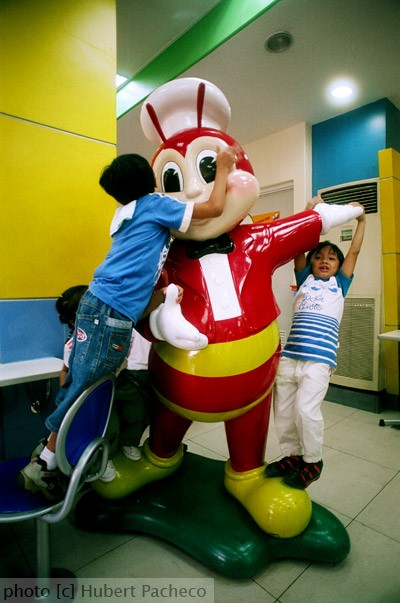 jollibee and kids