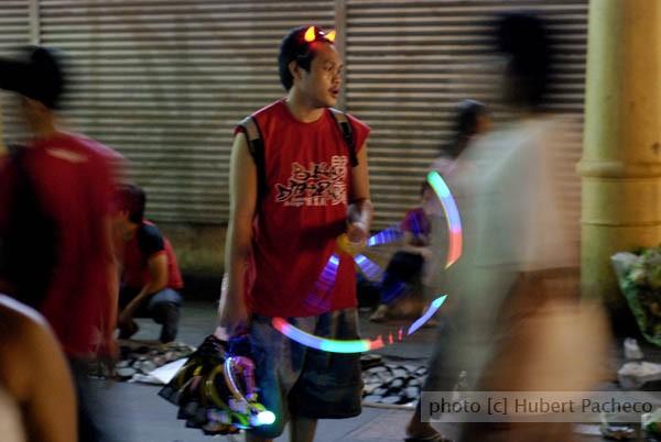 street vendor blingbling quiapo
