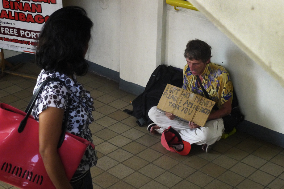 Buendia, Gil Puyat station, LRT 1, Taft, traveler