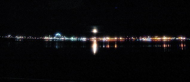 midnight at the bay...