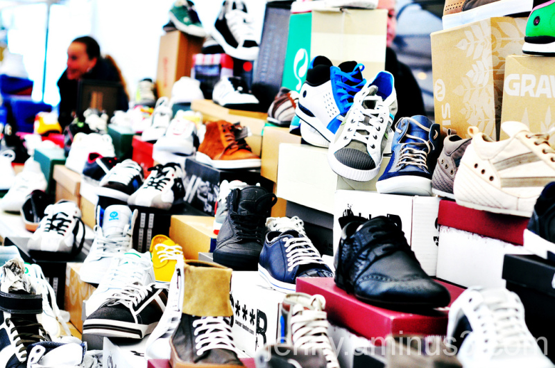 shoes at the jordaan market