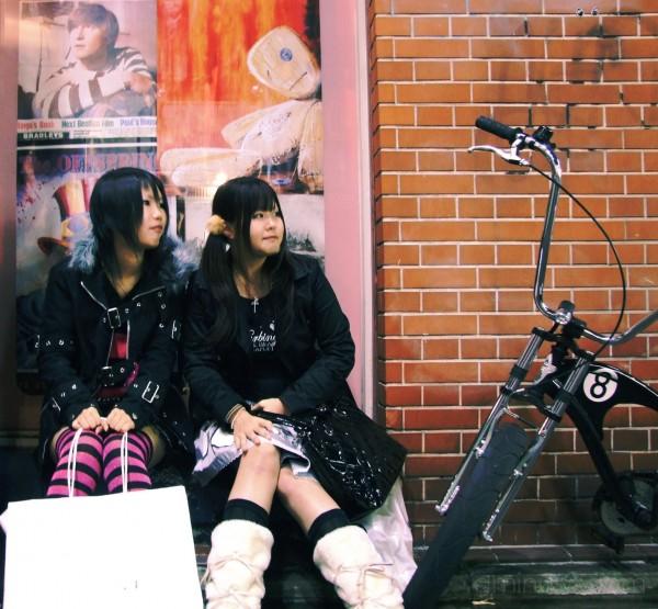 japanese girls portrait bike kyoto lennon korn