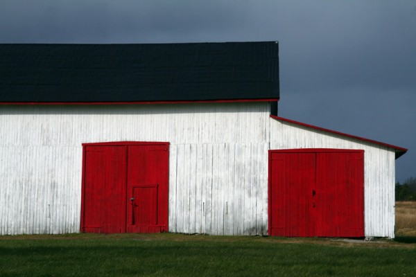 The red and white barn
