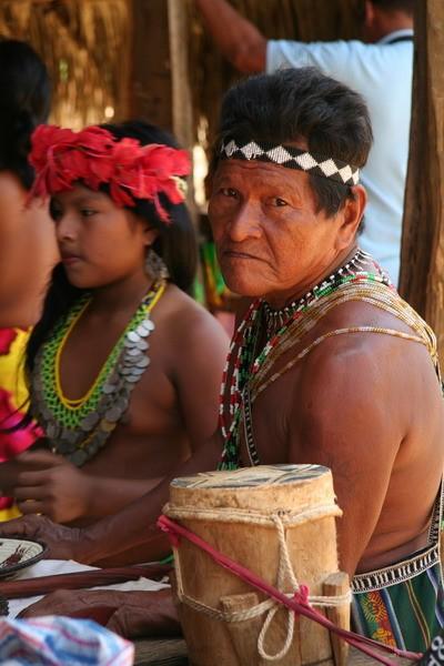 Indigène de la tribu des Emberas