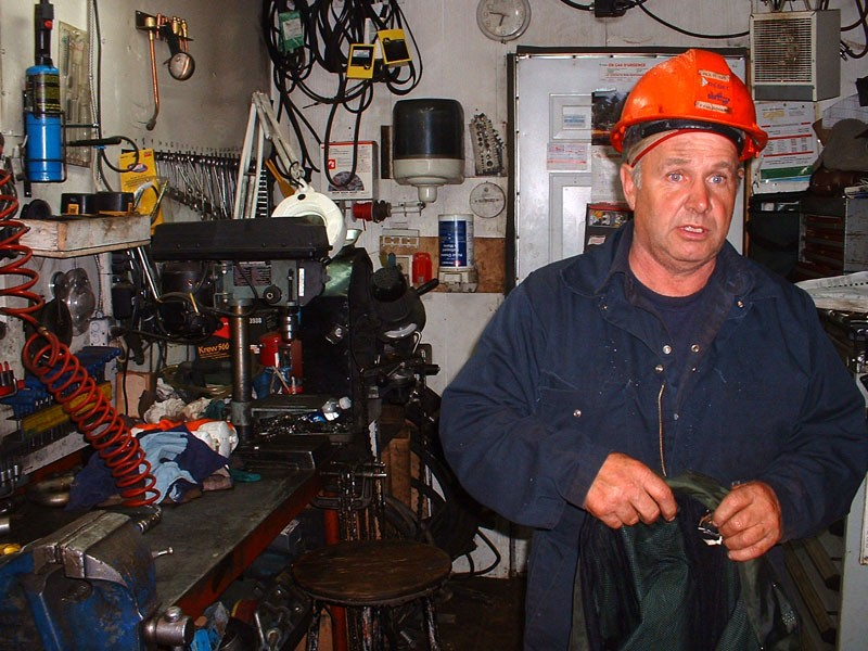 The mechanic (The work 2/3)