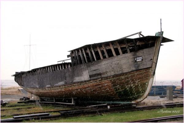 The ghost-boat - Le bateau fantôme