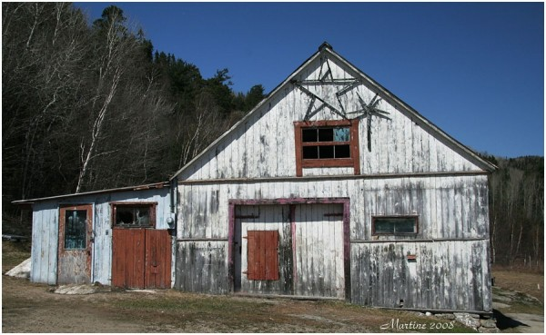 Old barn of Charlevoix 1