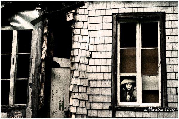 Un regard à la fenêtre