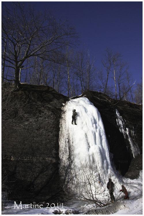 Ice climbers - Grimpeurs de glace