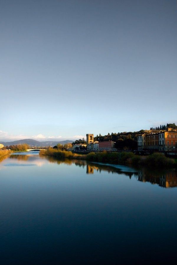 the river running through Florence