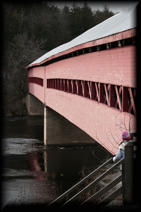 The covered bridge at Wakefield