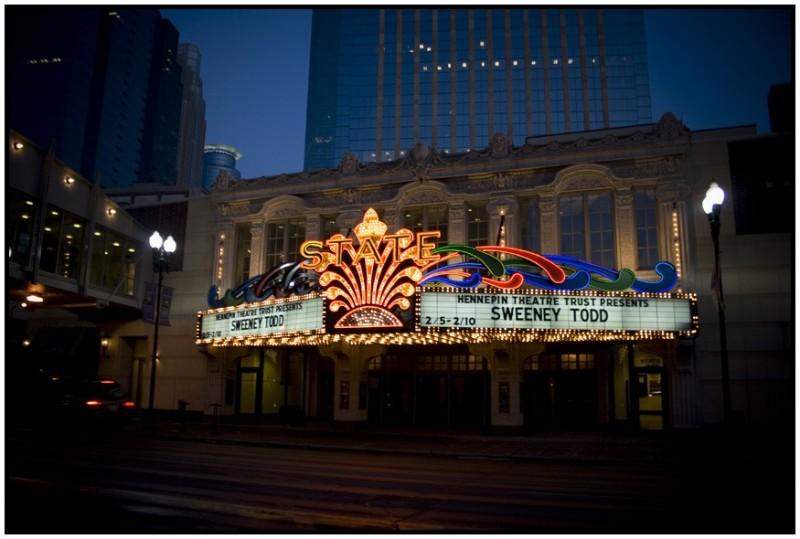 downtown minneapolis state theater