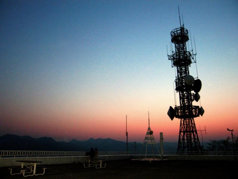 Sun sets on 2006