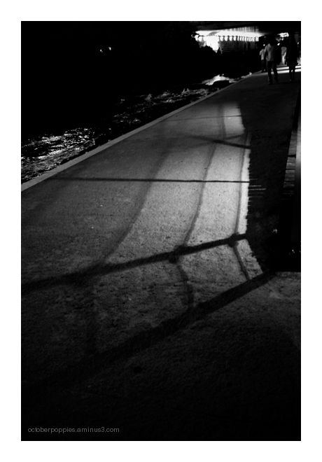 Chonggyechon Shadows, 1