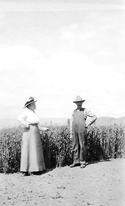 Mr. & Mrs. P G Hansen