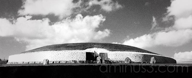 New Grange, World Heritage Site in Ireland.