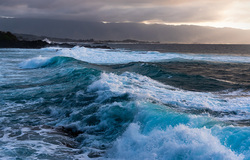 Rolling Thunder, Shark's Cove Oahu