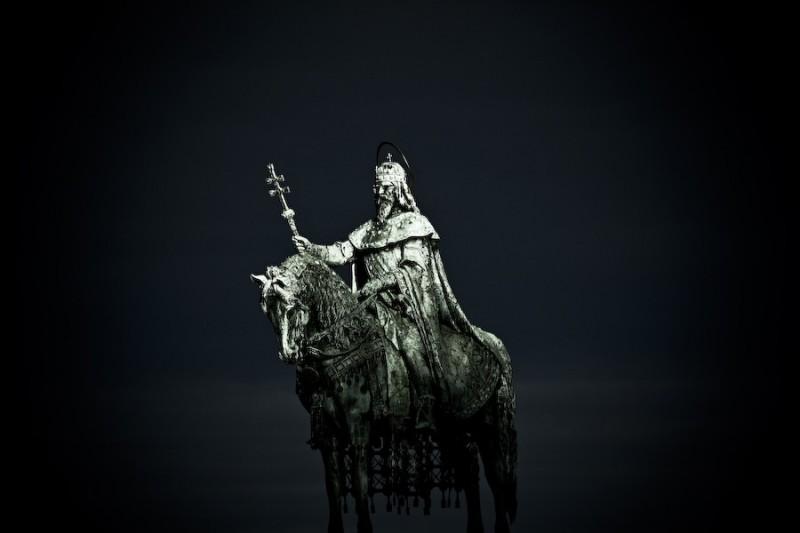 saint king