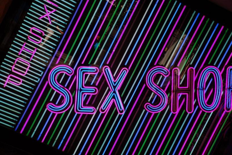 x shop
