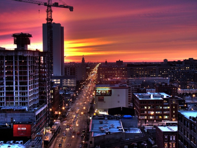 An HDR shot of a sunset in chicago.