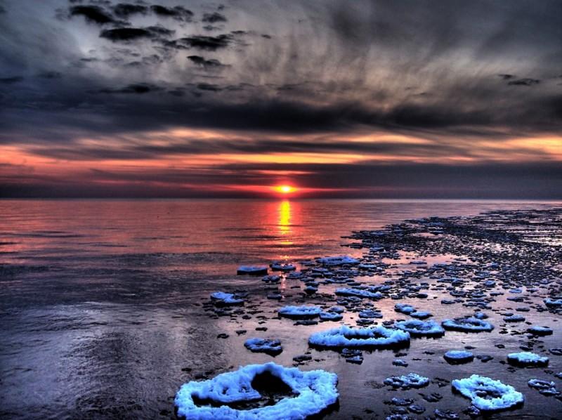 A sunset at the St. Joseph lighthouse.