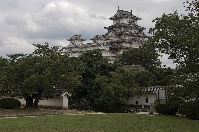 Himeji castle is known as the White Egret.