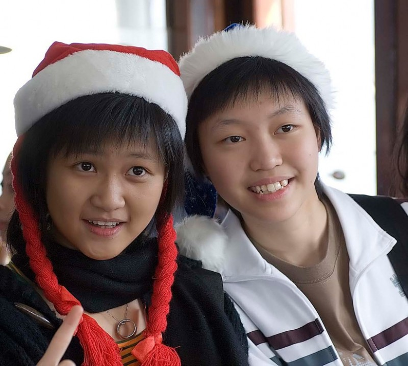 Elves spotted on the Star Ferry.