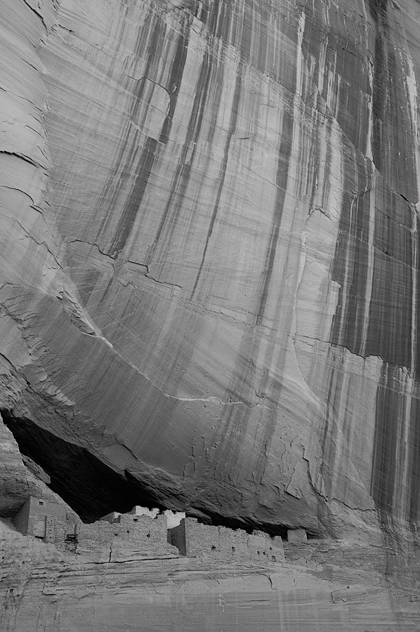 The White House ruins in Canyon de Chelly.
