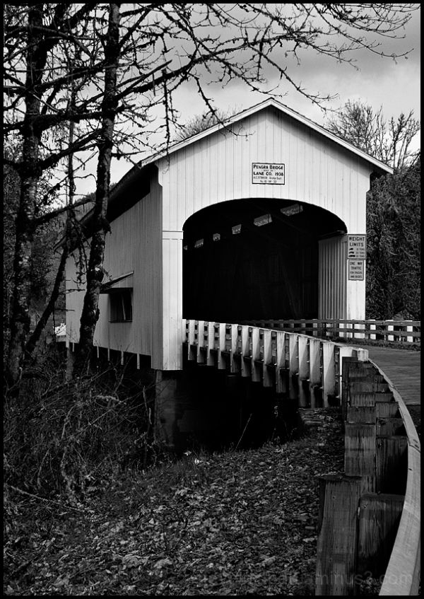 The Pengra Covered Bridge in Oregon, USA.