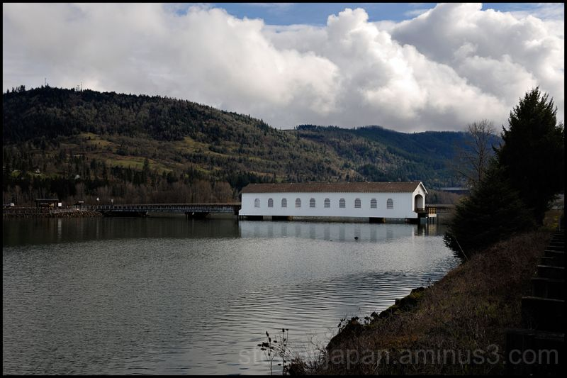 The Lowell Covered Bridge in Oregon.