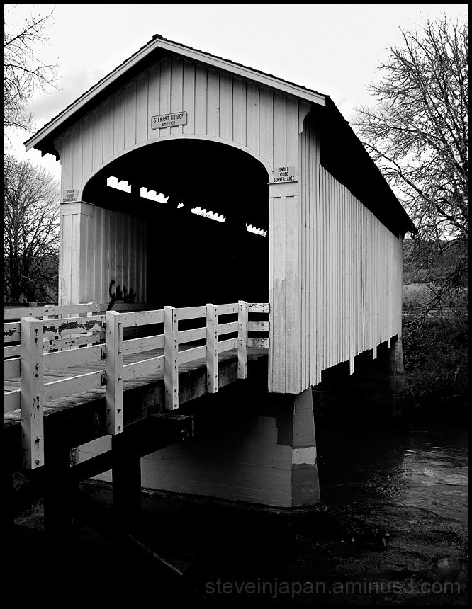 The Stewart Covered Bridge in Oregon, USA.