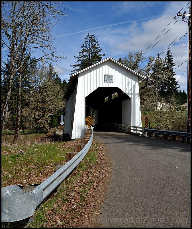 The Coyote Creek Covered Bridge in Oregon, USA.