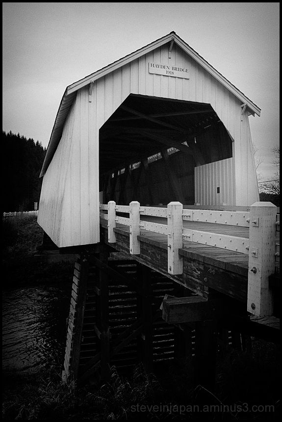 The Hayden Covered Bridge in Oregon, USA.
