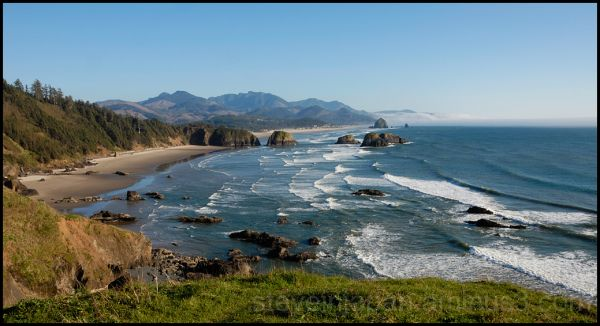 The view south from Tillamook Head.