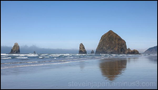 Haystack Rock at Cannon Beach, OR.