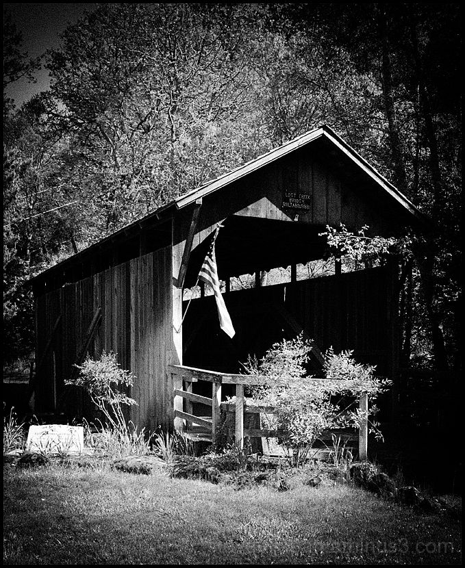 The Lost Creek Covered Bridge in Oregon, USA.