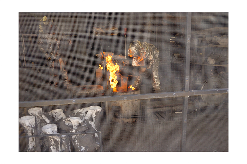 bronzesmith foundry arizona pour bronze