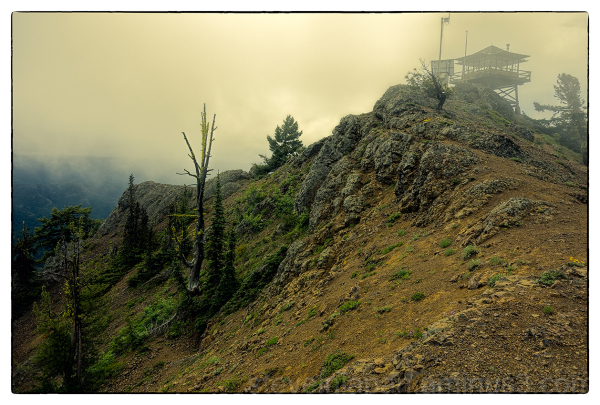 The fire lookout on Red Top Mountain.