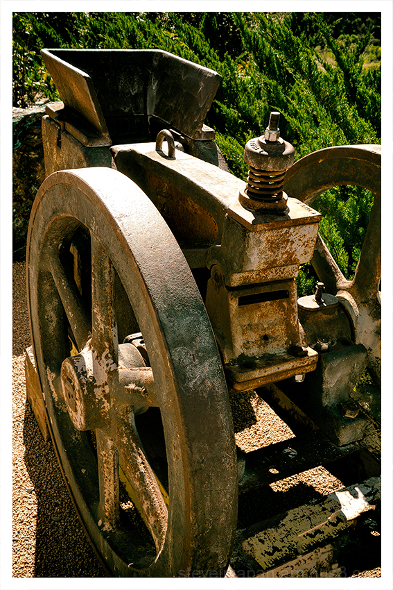 A jaw crusher at the Douglas Mansion.